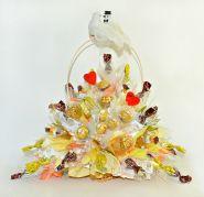 """636 Свадебный букет из конфет с голубями """"Союз двух сердец"""""""